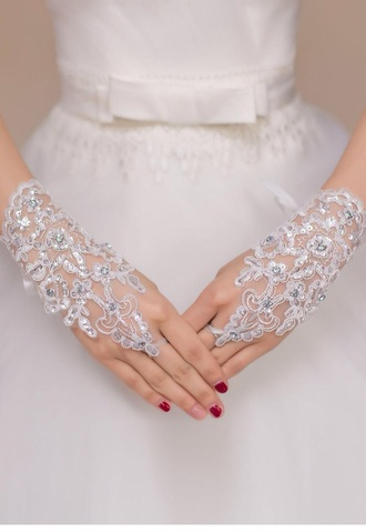 dress wedding cute white pearl glves accessory eligant