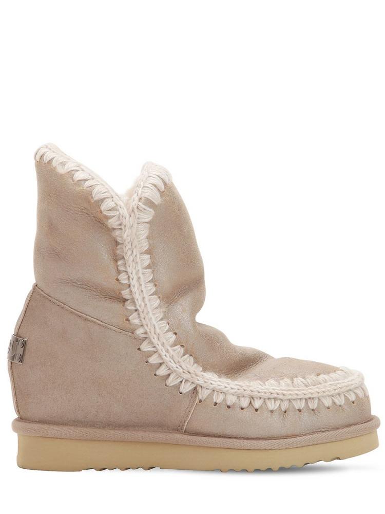 MOU 70mm Mini Eskimo Wedge Shearling Boots in beige / beige