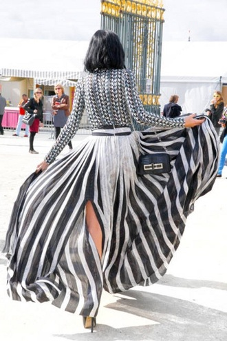 skirt maxi skirt black and white stripes striped shirt striped skirt