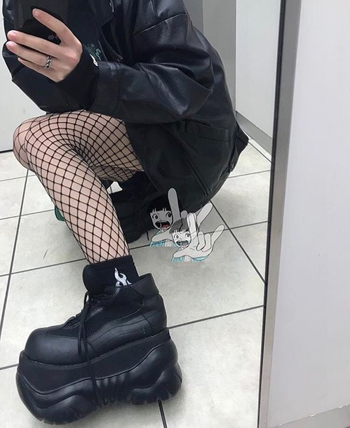 shoes dolls kill