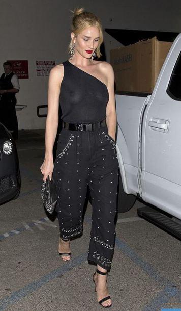 top asymmetrical asymmetrical top one shoulder rosie huntington-whiteley model off-duty pants all black everything sandal heels sandals celebrity