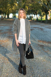 the working girl,blogger,grey jeans,white top,cardigan,leather bag