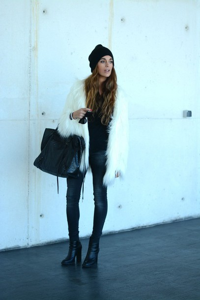 stella wants to die blogger fluffy winter coat maxi bag coat bag jeans shoes