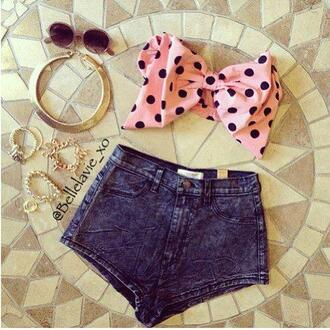 blouse california gold vintage sunglasses shorts bow top gold chain high waisted shorts jewels t-shirt pink spotty bow