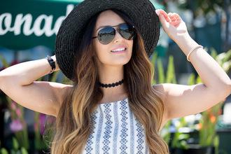 vanessa balli blogger dress hat bag shoes jewels black choker