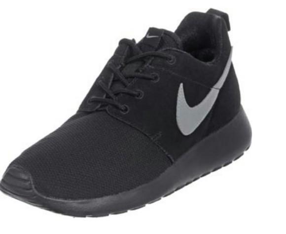 nike nike running shoes nike sneakers nike roshe run