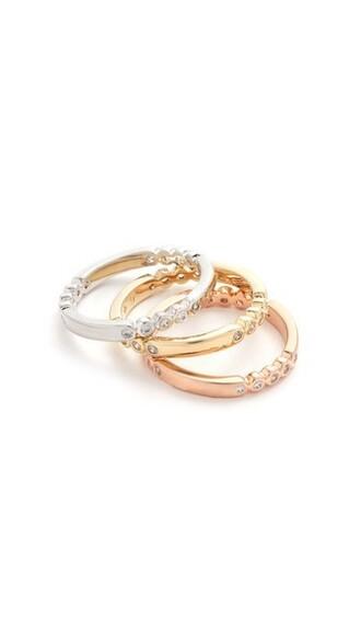 metal ring jewels