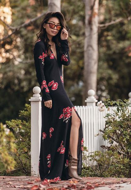 honey n silk blogger maxi dress slit dress brown leather boots long sleeve dress v neck dress dress shoes sunglasses