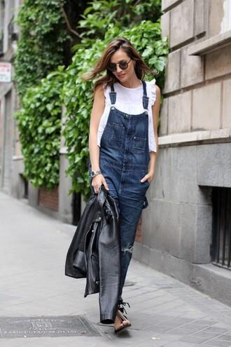 lady addict blogger top jumpsuit shoes sunglasses