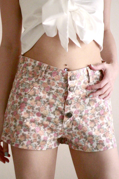 Floral high waisted denim shorts