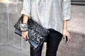 bag,wallet,cover fur,sweater,jeans