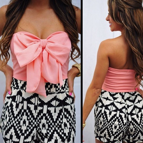 ❌BUNDLED❌Pink Bow Crop Top
