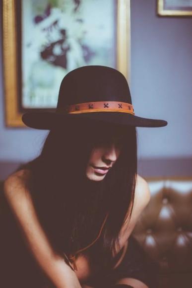 black hat brimmed brim hat felt hat