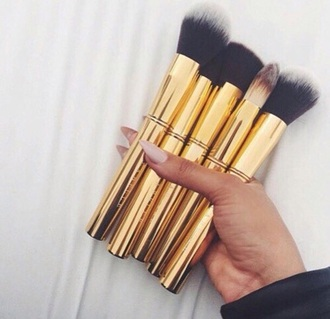 make-up gold makeup brushes brush set makeup palette tumblr girly girl instagram dope mac cosmetics