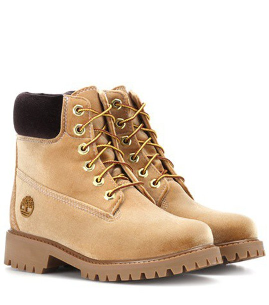 Off-White X Timberland velvet ankle boots in beige / beige