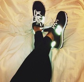 shoes,new balance,nb,new balance sneakers,sneakers,fluo,black,white,trainers,running,fashion,black dress,air max free runs trainers sneakers nike black pink,pastel sneakers,running sneakers,girls sneakers,glow in the dark,shorts,dress