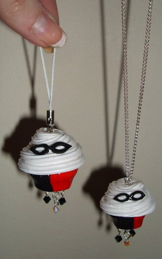 harley quinn jester cupcake necklace keychain