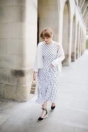 shoes,dress,white dress,polka dots dress,coat,bag,sandals,black sandals