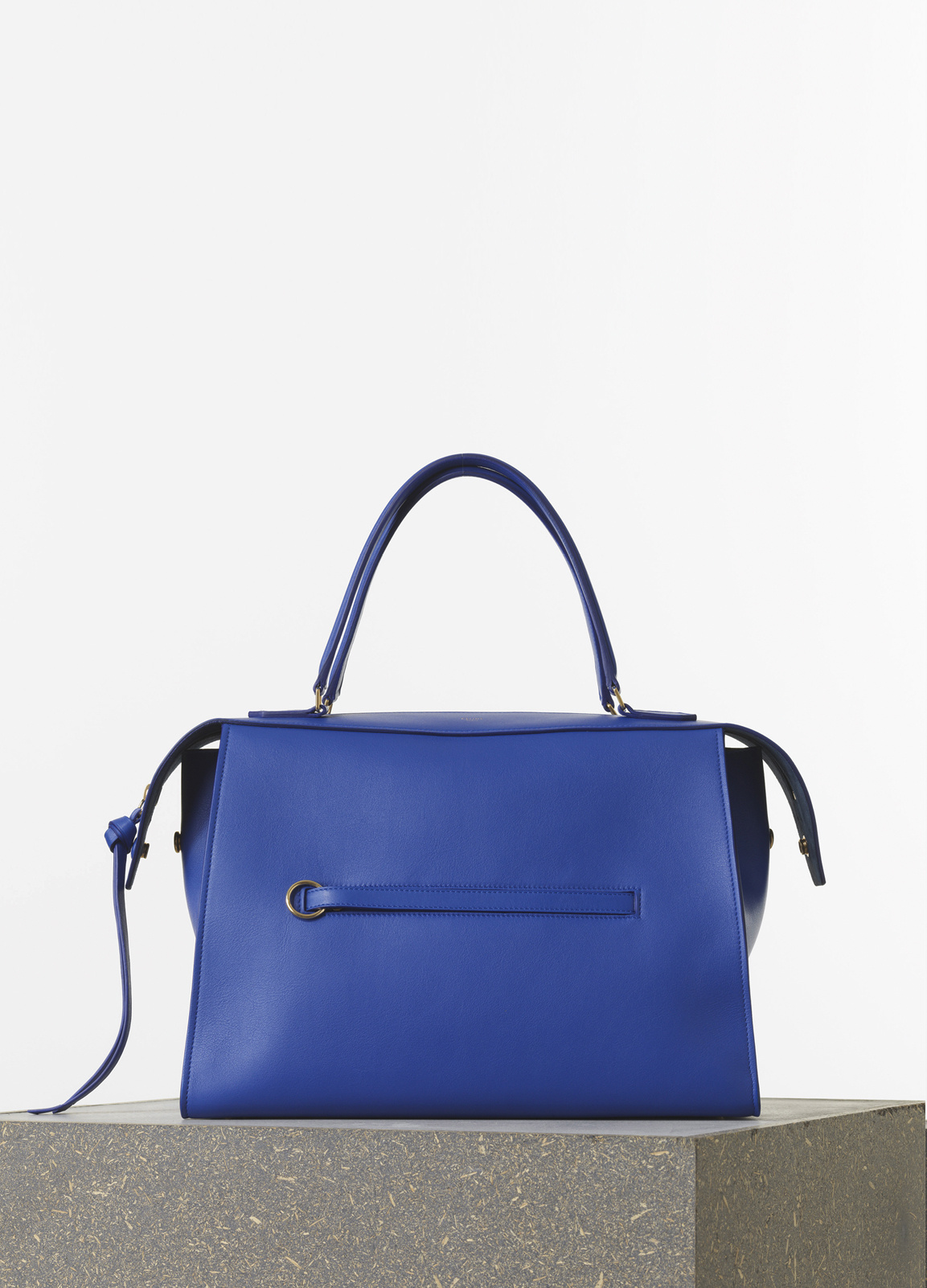 Medium zipped hobo handbag in natural calfskin