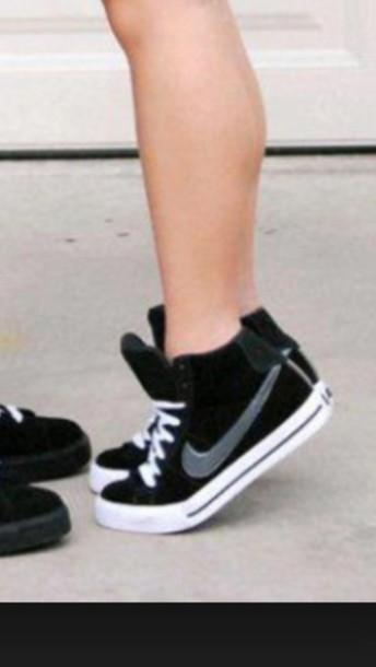 shoes ladies nikes