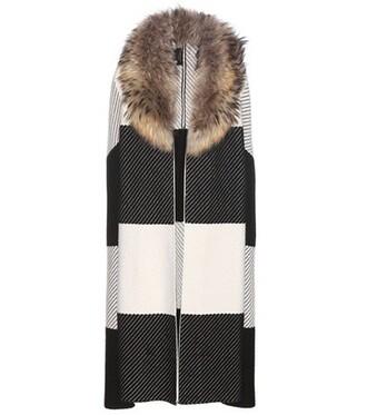 cape fur wool black top