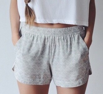 shorts t-shirt white t-shirt white grey grey shorts summer shorts outfit high waisted shorts summer outfits white top pale style cozy comfy crop tops tumblr tumblr outfit fashion shirt cute gray shorts pattern flowy shorts blouse top