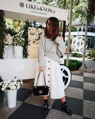 skirt midi skirt white skirt boots black boots ankle boots bag black bag sunglasses round sunglasses sweater grey sweater