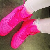 shoes,shoes neon,gucci,neon pink,flashy