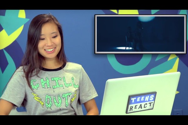 t-shirt grey graphic tee teens react