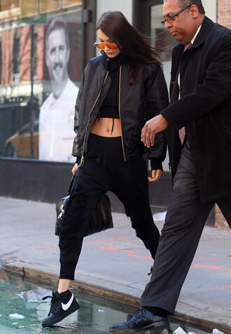 sweater cropped cropped sweater bella hadid model off-duty streetstyle jacket crop tops