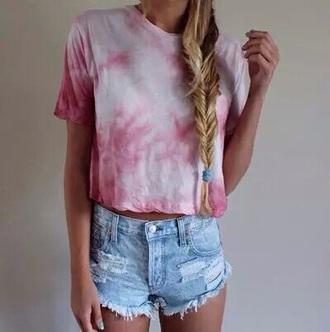 shirt indie hipster retro alt vintage grunge pink colorful pink shirt tie dye tie dye swimwear t-shirt hat shorts pink t-shirt denim shorts