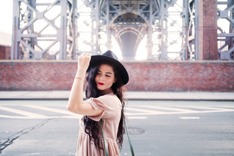 noelles favorite things blogger dress bag shoes hat jewels