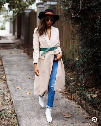 shoes tumblr boots white boots ankle boots denim jeans blue jeans coat camel camel coat belt felt hat hat