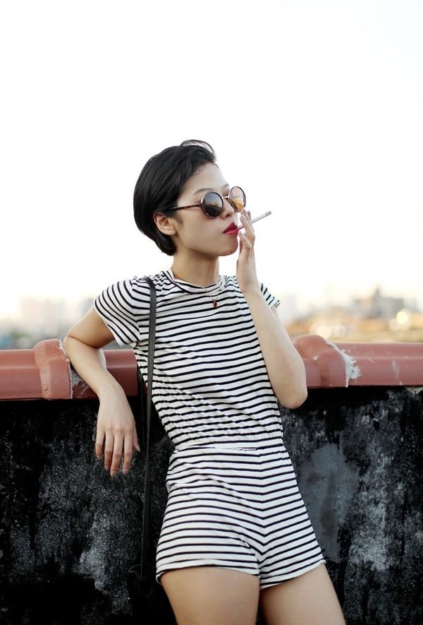 shorts black and white romper stripes black og fashion bag fashion sunglasses