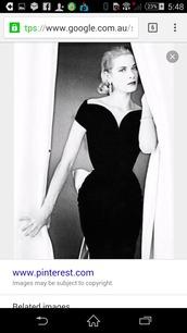 dress,grace kelly,black dress,off the shoulder,heart shaped neckline,tight