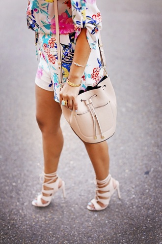 bag bucket bag floral dress beige shoes shoes sandals steve madden
