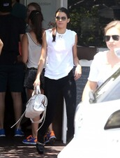 top,kendall jenner,bag,shoes,boots,leggings,jeggings,pants