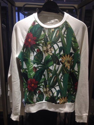sweater green white flowers roses leafs