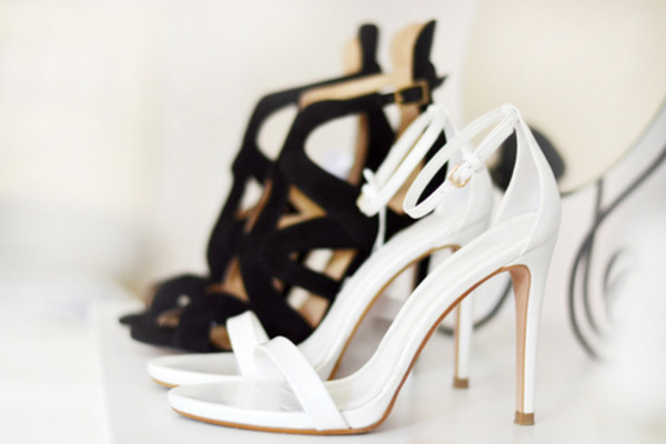 shoes black white heels sandal heels open toes classy girly fashion style leather sandals