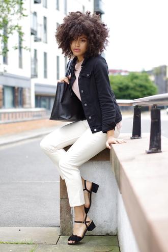 jacket black denim jacket white jeans black strappy sandals blogger black bag