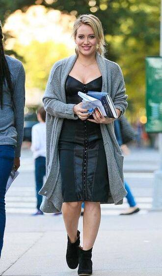 dress bodycon dress bustier dress hilary duff cardigan fall outfits