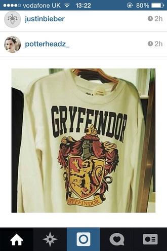 sweater white sweatshirt hogwarts gryffindor red emblem lion