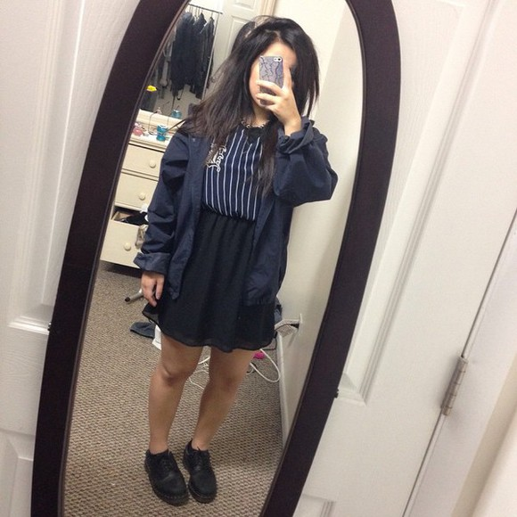 jacket blue dark oversized sweater oversized vintage urban outfitters american apparel grunge simple color style trendy