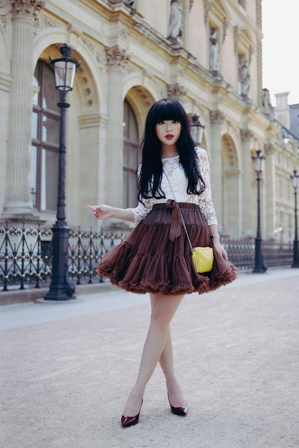 pale division make-up top skirt bag shoes romper