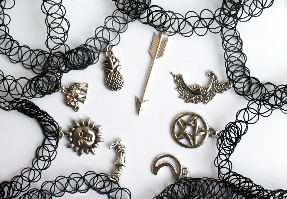 Indie jewel — tattoo choker with pendant