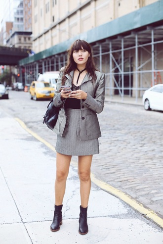 natalie off duty blogger office outfits grey skirt tailoring grey blazer