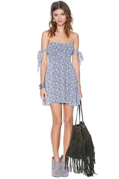 floral dress dress floral cute off the shoulder boho gypsy blue ankle boots outfit fringed bag