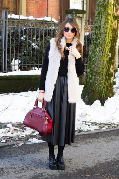 style and trouble blogger skirt leather skirt faux fur vest purse black skirt jacket bag sweater sunglasses shoes white fur vest