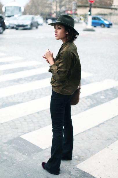 trop rouge blogger jeans fedora khaki top shoes bag