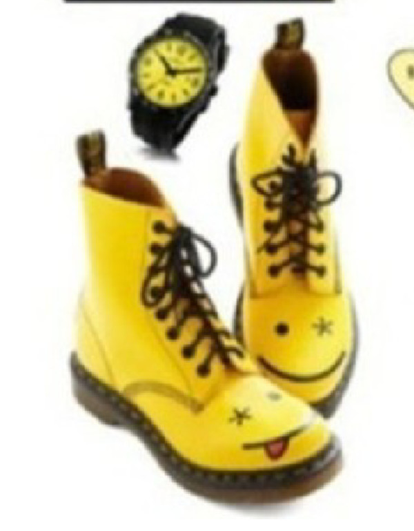 shoes smiley smiley combat boots boots yellow yellow boots lace up lace up boots